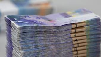 Ein Sozialhilfe-Bezüger kam plötzlich wieder zu viel Geld – zur Freude der Gemeinde Klingnau. (Symbolbild)