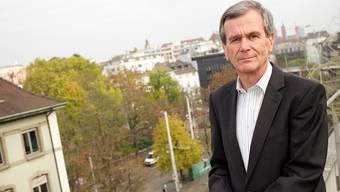 Peter Gill steht auf dem Dach der Basler Staatsanwaltschaft bei der Heuwaage. Er ist überzeugt: «Es ist nur schwer, wenn man keinen Ausweg mehr sieht.»