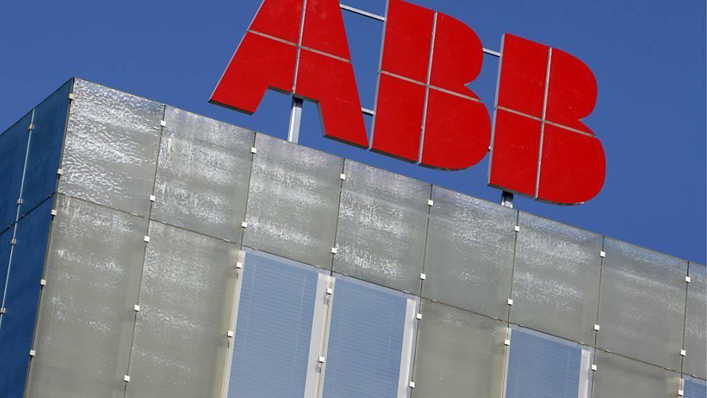 Negative Vorzeichen bei ABB: Der Gewinn brach um über 30 Prozent ein. (Symbolbild)