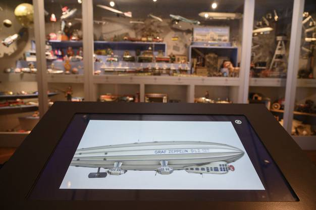 Die Entstehungsgeschichte mancher Ausstellungsstücke kann man jetzt in spannenden Kurzfilmen verfolgen – wie etwa die des Zeppelins.