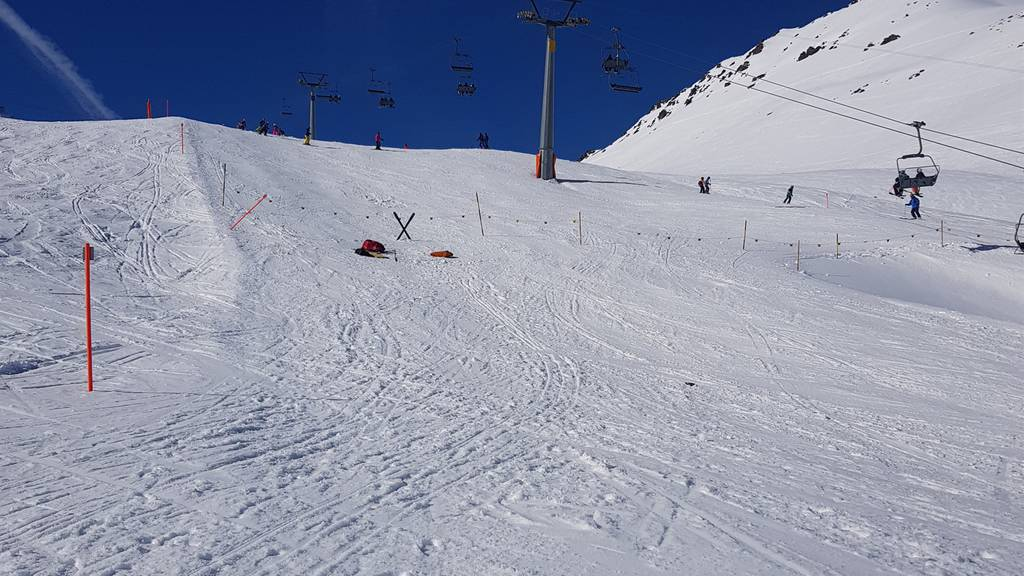 Skifahrer verletzt sich schwer bei Kollision