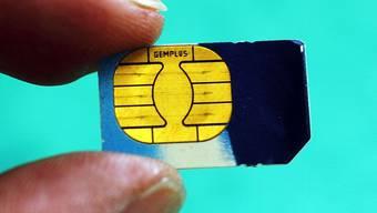 SIM-Karten sind löchrig.