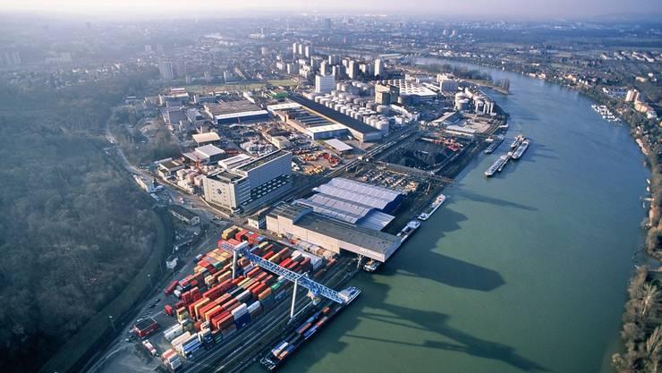 Die Schweizerischen Rheinhäfen vermelden ein Plus beim Güterumschlag.