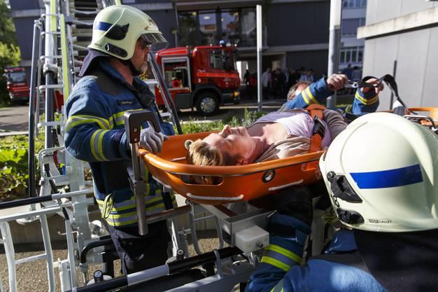 Evakuierung mit der Tragbahre