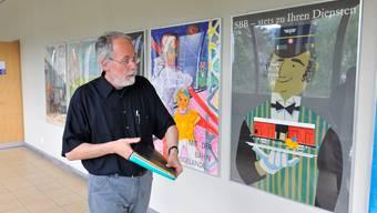Peter Jeker im Jahr 2009, als er noch Zeichnungslehrer an der Kantonsschule war. 40 Jahre hat er dort unterrichtet.