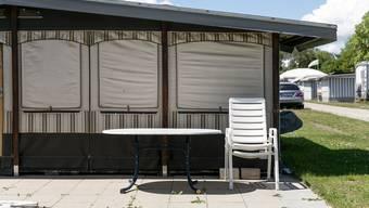 Campingplätze wie dieser im Bad Zurzach AG dürfen noch keine touristischen Gäste aufnehmen. (Bild: Sandra Ardizzone, 5. Mai 2020)