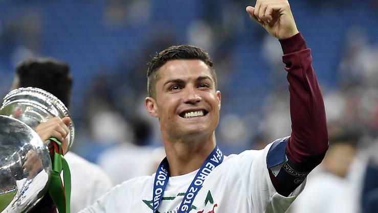 Der bestbezahlte Sportler der Welt ist Europameister und Champions-League-Sieger Cristiano Ronaldo. Er kann sich über 88 MIllionen Dollar freuen.