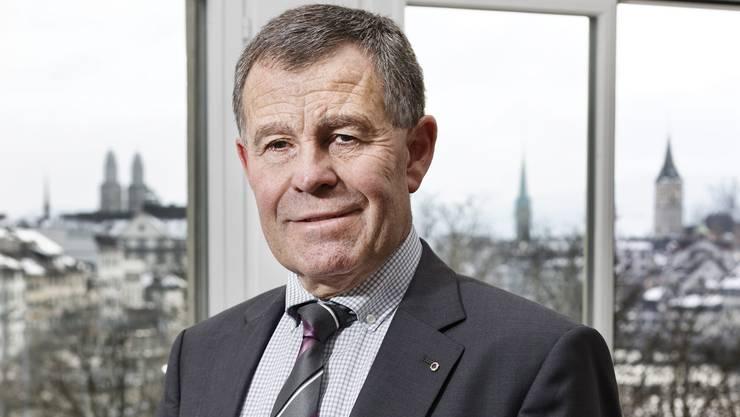 Finanzdirektor Ernst Stocker (SVP) kann zufrieden sein.