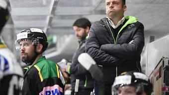 Stephan Mair, der Cheftrainer des HC Thurgau, steht mit seinem Team derzeit unangefochten auf Platz 1 der Swiss League (Archivbild)