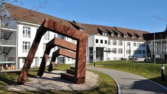 Bedürfnis nach Zärtlichkeit im Alter: Im Asana Spital Leuggern (im Bild) wurde auch schon mit Berührern gearbeitet.