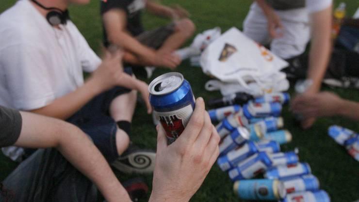 Mit der Studie Alk-Check werden jetzt neue Wege in der Alkoholprävention beschritten. (Symbolbild)