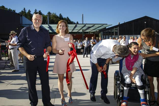 Im August 2016 wird die Einweihung des neuen Wohnheims gefeiert. Mit dabei: Peter Gomm, Christa Markwalder, Markus Jordi Fatma Ryf und Sandra Schild