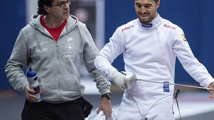 Nationaltrainer Didier Ollagnon (links) im  Gespräch mit Teamleader Max Heinzer (rechts)