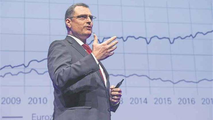 Erhöht die Nationalbank die Negativzinsen? Direktor Thomas Jordan gibt den Entscheid nächste Woche bekannt