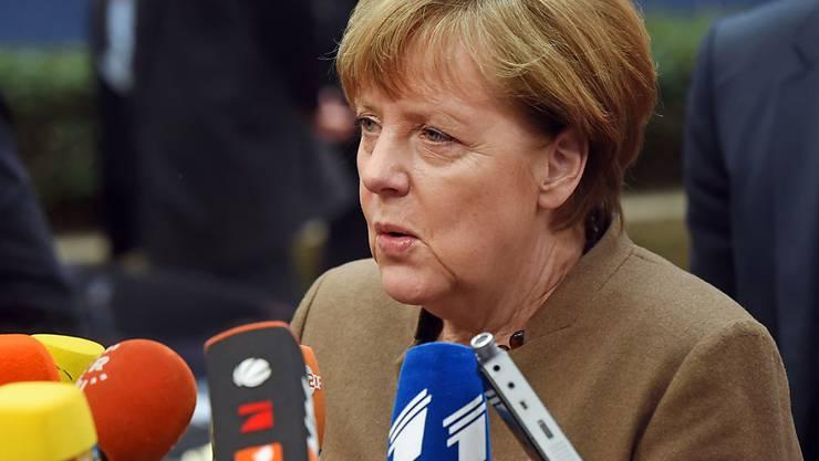 Die deutsche Kanzlerin Angela Merkel wirbt am Donnerstag vor dem Beginn des EU-Gipfels in Brüssel für eine gerechtere Flüchtlingsverteilung zwischen der EU und der Türkei.