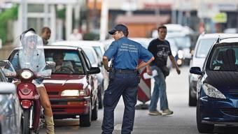 Grenzgänger verdienen im Tessin 30 Prozent weniger als Schweizer.