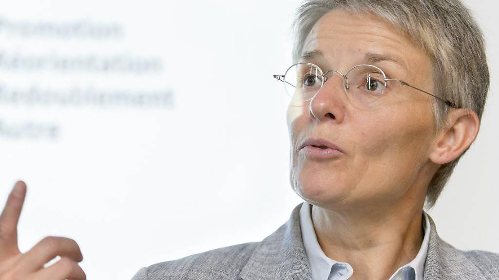 Die Waadtländer Staatsrätin Anne-Catherine Lyon möchte für eine vierte Amtszeit kandidieren, wie sie der Sonntagspresse sagte. (Archiv)