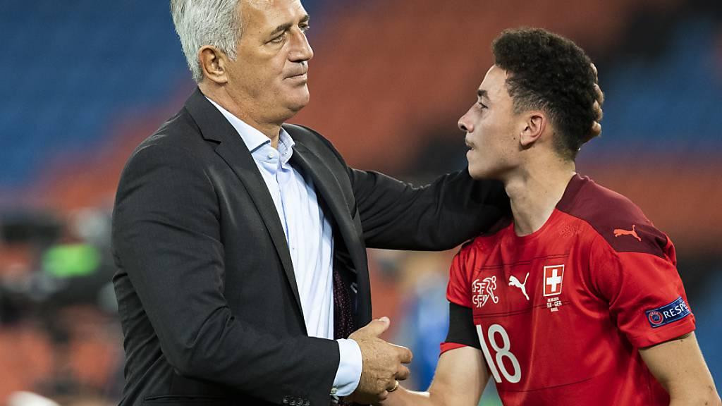 Vladimir Petkovic war gegen Deutschland mit seinen Spieler (hier Ruben Vargas) sehr zufrieden