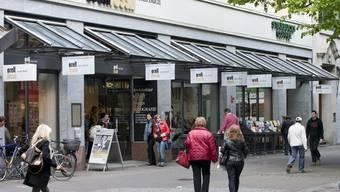 Buchhändler und Banknotendrucker Orell Füssli erleidet einen Gewinneinbruch (Archiv)
