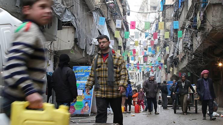 Aufatmen in Aleppo: Die Waffenruhe im Bürgerkriegsland Syrien hat den ersten Tag relativ unbeschadet überstanden. (Archiv)