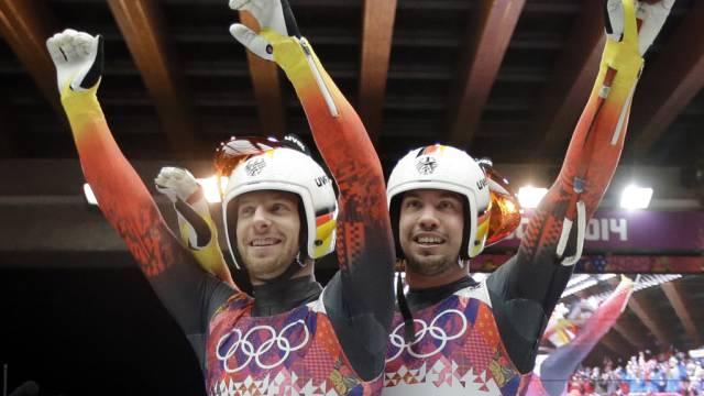 Das deutsche Duo Wendl/Arlt rodeln im Doppelsitzer zu Gold