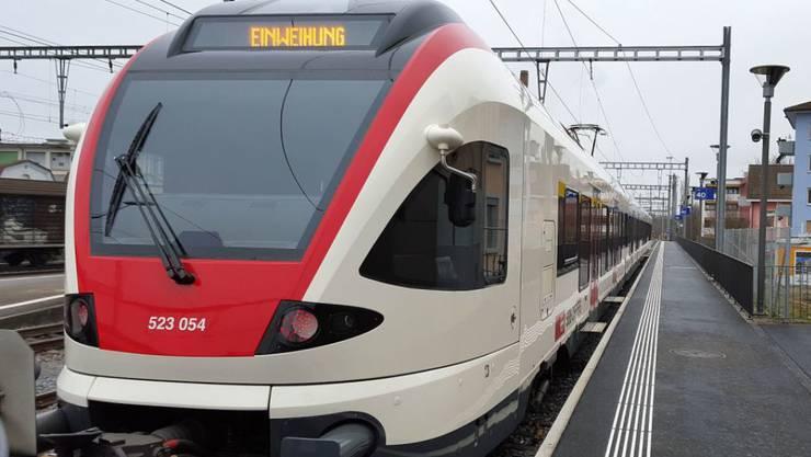 Sieht aus wie jeder Regionalzug: Die «Nationalbahn», die Aargauer Linie S28 von Zofingen (Bild) nach Lenzburg, ist für 68 Millionen Franken rundum erneuert worden.