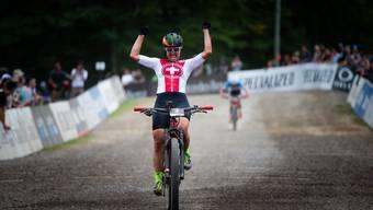 Nathalie Schneitter gewinnt E-Mountainbike-WM in Kanada