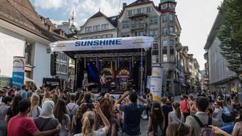 Das Luzerner Fest in der Altstadt und am Seebecken zählte am Wochenende rund 100'000 Besucherinnen und Besucher.