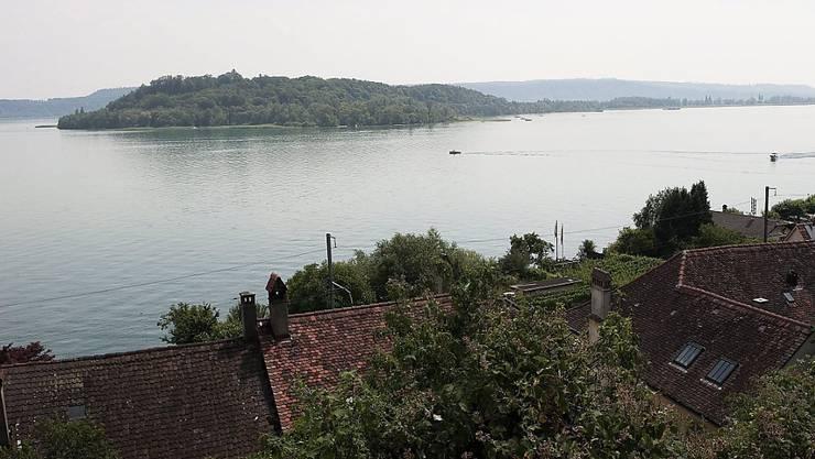Im Bielersee zwischen Ufer und St. Peterinsel ist am Donnerstag ein Schwimmer vermisst worden. Er konnte am Montag nur noch tot geborgen werden (Archivbild).