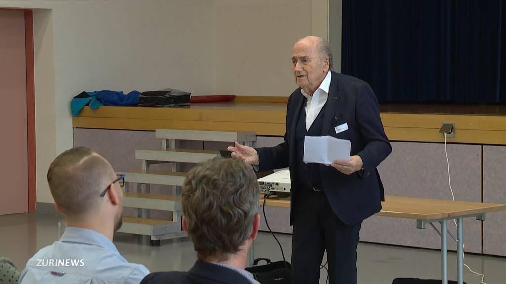Sepp Blatter wird Berater des Turnvereins Embrach