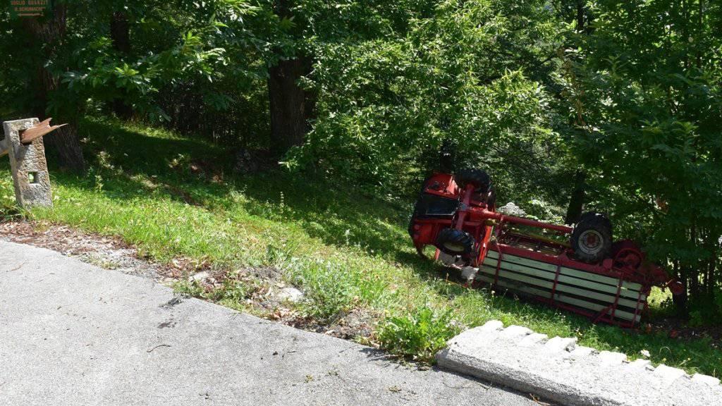 Zwei Personen verletzten sich beim Selbstunfall mit einem Motorkarren im Bergell.