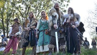 Die verschiedenen Wikingerclans und Rittertruppen werden wieder aufeinandertreffen: In der Schlacht und rund ums Feuer bei Met und Wein. (Archiv)