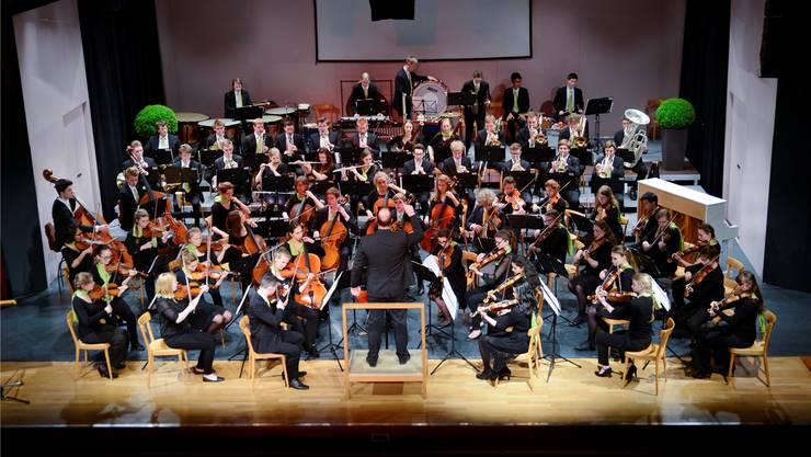 Das Jugendsinfonieorchester Leipzig – es gilt als eines der besten Jugendorchester Europas – trat im Parktheater zum Jubiläum auf.