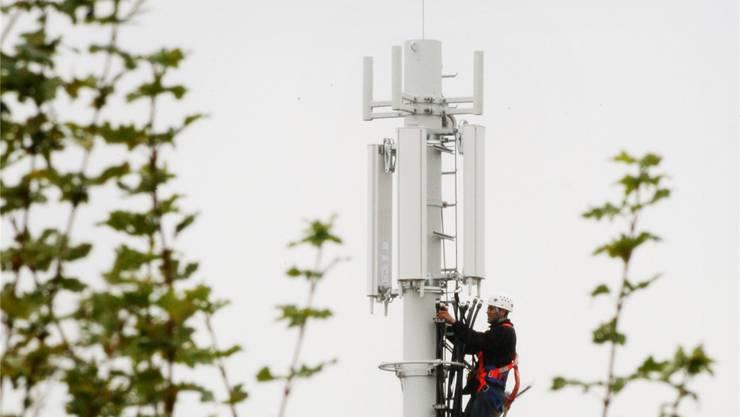 Alle drei Mobilfunkanbieter geloben, ihr Netz ständig auszubauen. (Symbolbild)