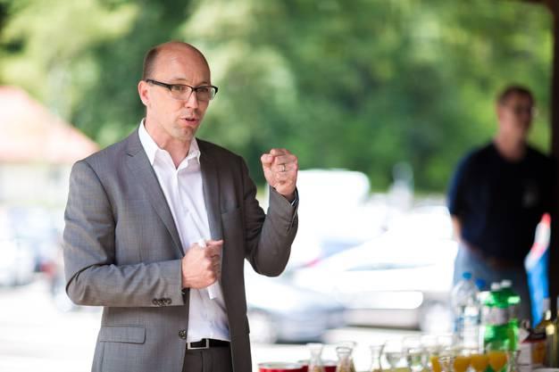 Er ist Biologe und Naturfan – und überall engagiert, wo es spannend ist: CVP-Nationalrat und Hobby-Musiker Stefan Müller-Altermatt.