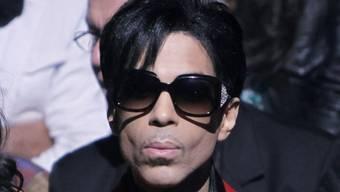 Exakt ein Jahr nach dem Tod von Prince kommt am Freitag eine EP mit sechs unveröffentlichten Songs heraus. (Archivbild)