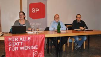 Von links:  Präsidentin Angela Kummer, Alfred Kilchenmann (Finanzen) und Daniel Weibel (Vizepräsident) anlässlich der Generalversammlung