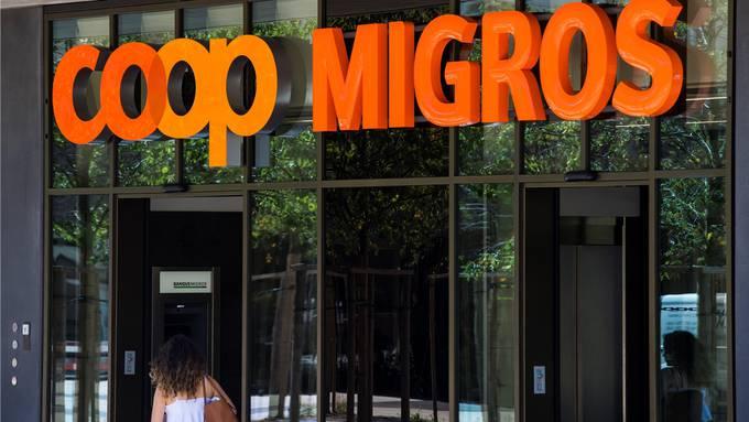 Migros und Coop beanspruchen den Löwenanteil des Schweizer Detailhandels für sich.