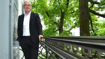 «Ich glaube nicht, dass es genügt, nur zu sparen»: Regierungspräsident Isaac Reber fordert Investitionen des Kantons in Bereiche, die einen Gewinn versprechen.