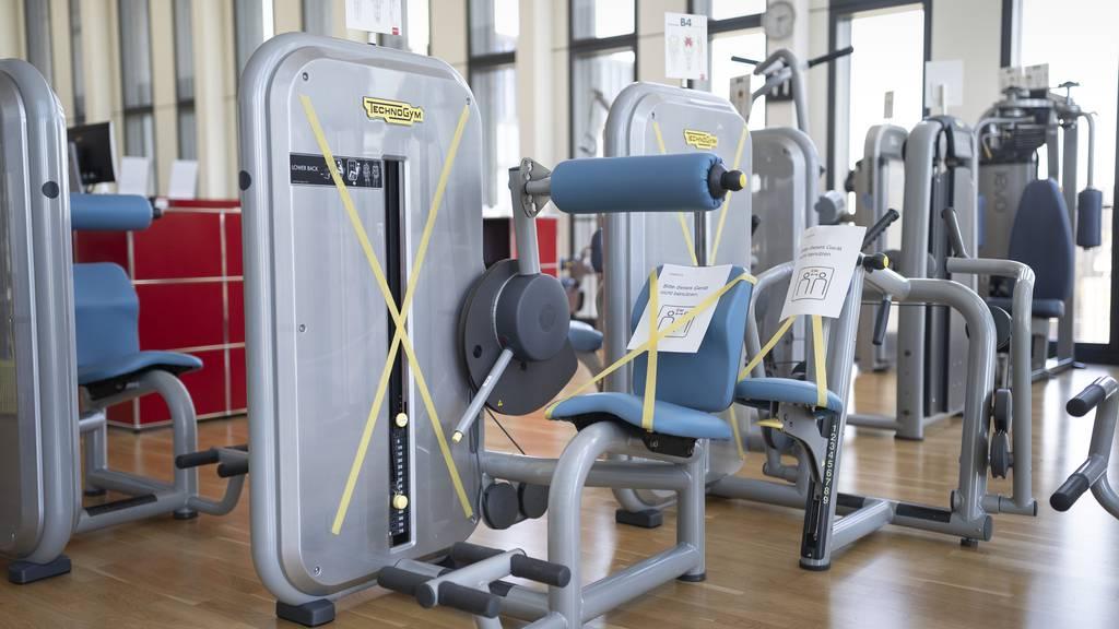 Fitnesscenter und Hallenbäder müssen ab dem 11. Dezember schliessen. (Symbolbild)
