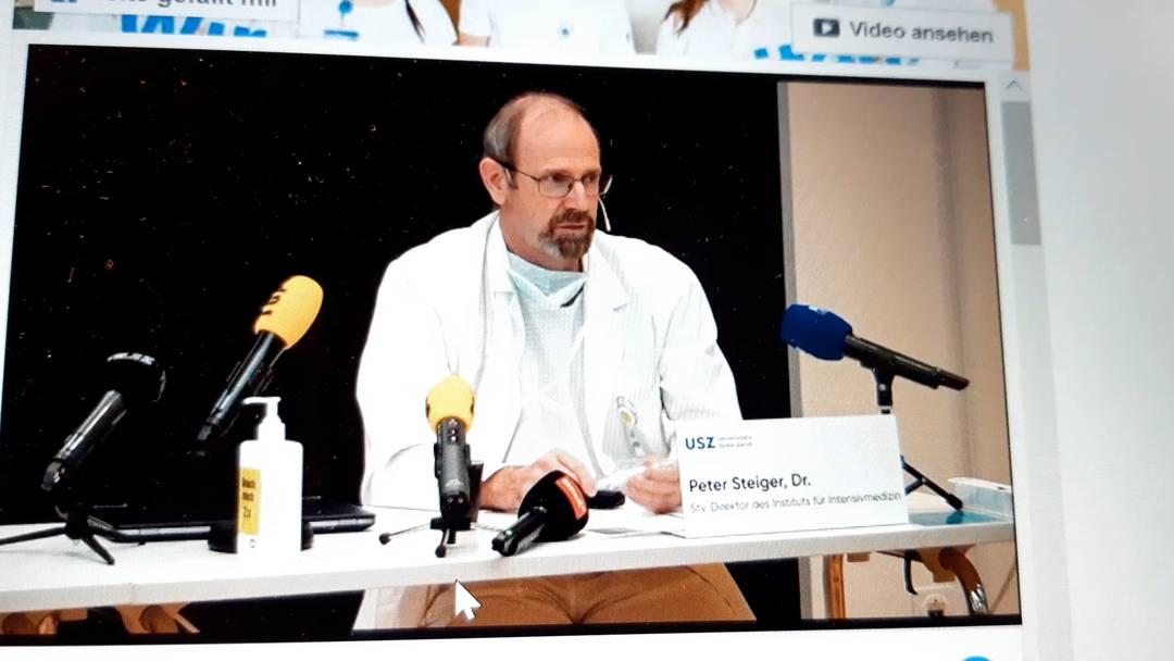 Peter Steiger, stellvertretender Direktor des Instituts für Intensivmedizin am Universitätsspital Zürich, an der Medienkonferenz vom 10.11.20
