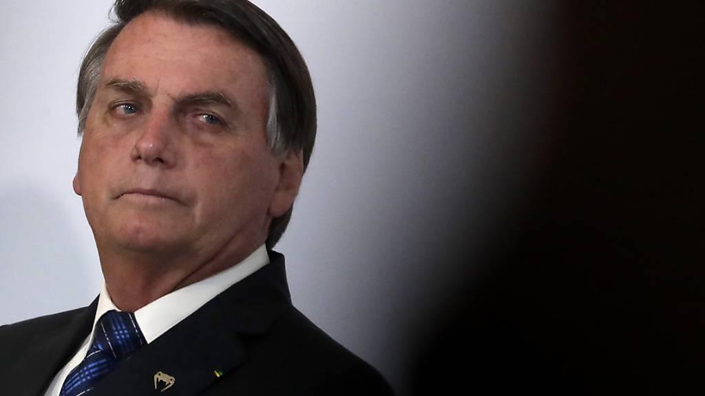 Geld in Unterhose versteckt: Bolsonaro entlässt Verbündeten im Senat
