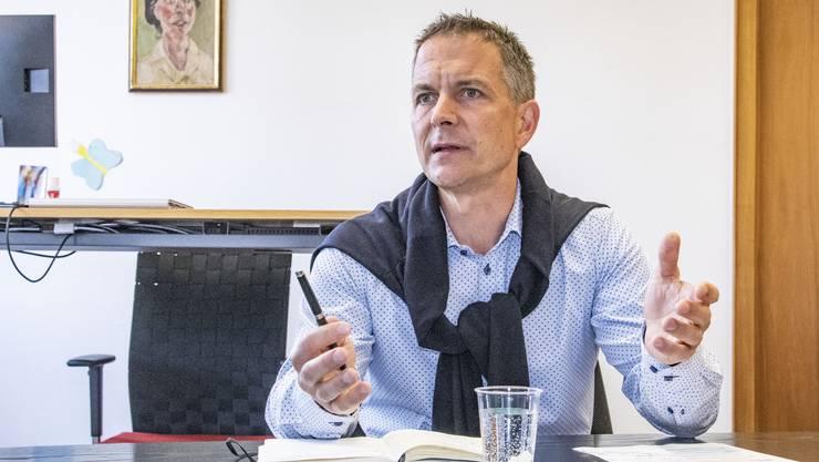 Christian Schlatter erlebt derzeit turbulente Zeiten als Dornacher Gemeindepräsident.