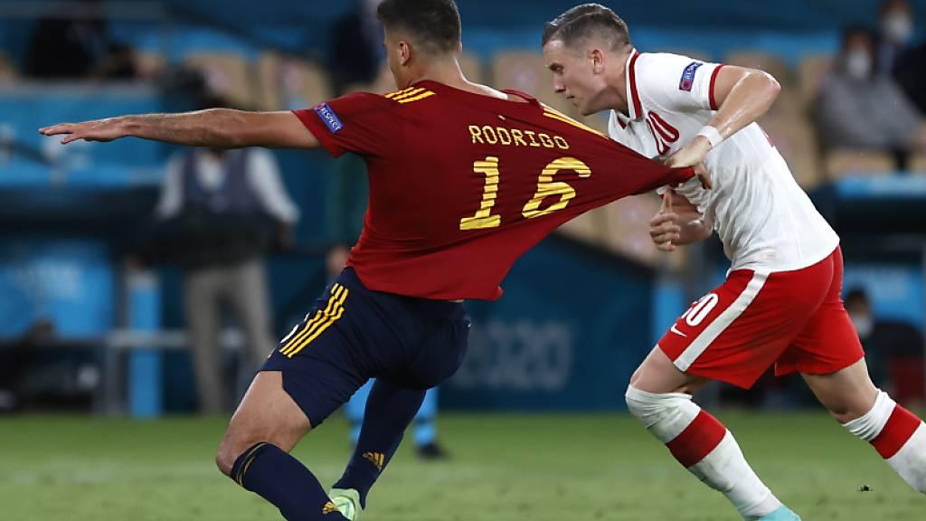 Hinreissender Auftritt von Spanien? Bei weitem nicht. Gegen Polen findet der Mitfavorit den Tritt nicht