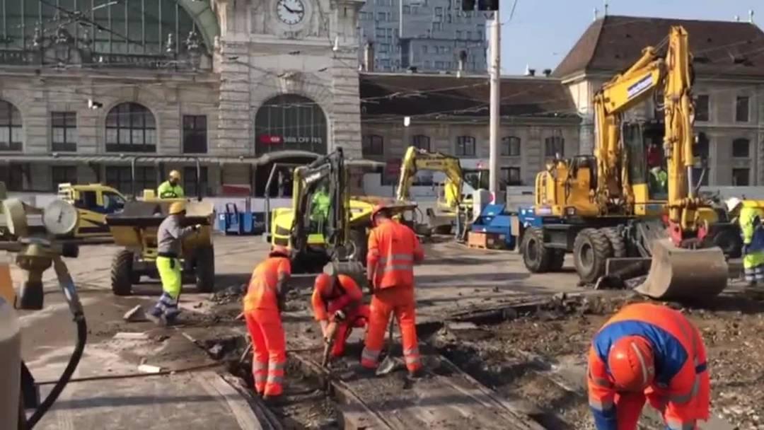 Gleis-Baustelle am Centralbahnplatz Basel