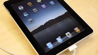 Lausanner Bibliothek lanciert Test mit iPads (Archiv)
