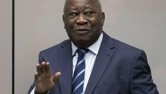 Der ehemalige Präsident der Elfenbeinküste, Laurent Gbagbo, muss nach einigen juristischen Manövern am Internationalen Strafgerichtshof in Den Haag in Haft bleiben.