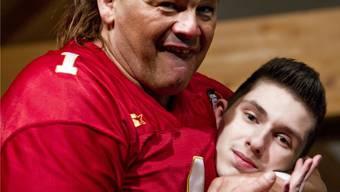 Wrestling-Legende Tatanka übt im Tägi in Wettingen für die grosse Show vom Samstag 3. März.