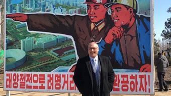 «Man weiss, wo ich einkaufe, wo ich wandere – ein bisschen wie in einem kleinen Dorf.» – Thomas Fisler lebt seit 4 Jahren in Nordkorea.