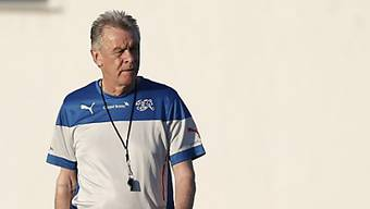 Ottmar Hitzfeld auf dem Trainingsgelände in Brasilien.